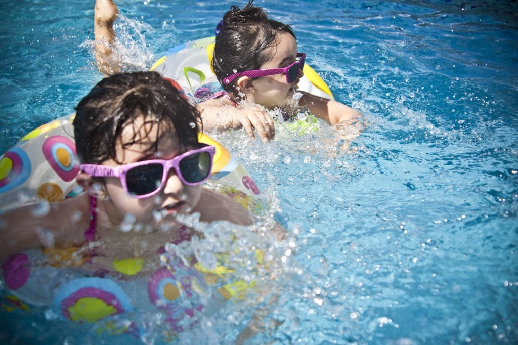 Drowning prevention pool safety tips