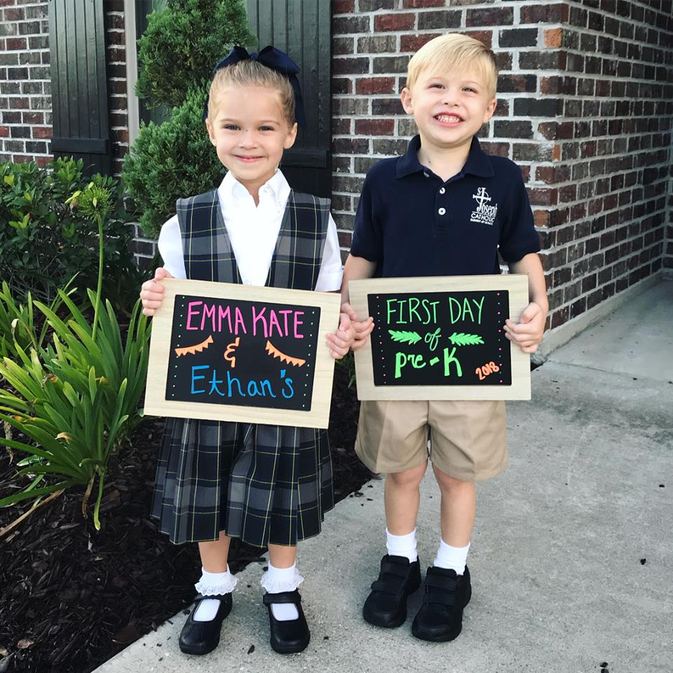 back to school pictures chalkboard sign
