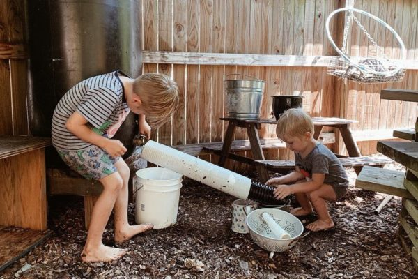a mud kitchen offers so many opportunities for creative play curatedplayspaces.com
