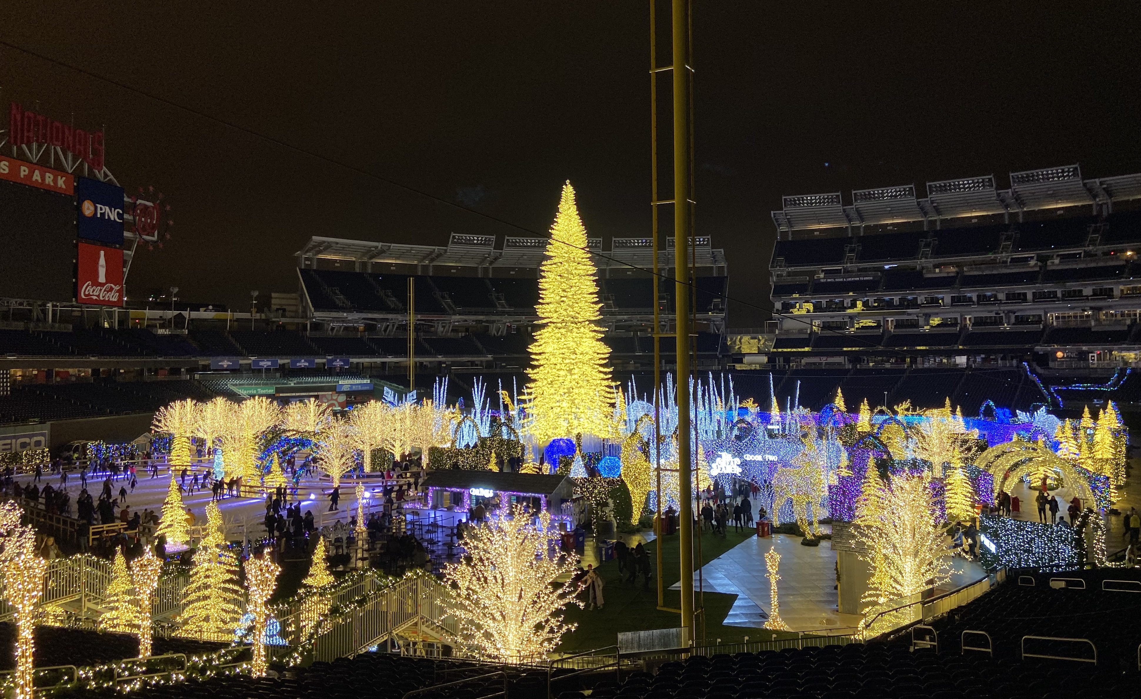 The Spectacular Holiday Light Maze at