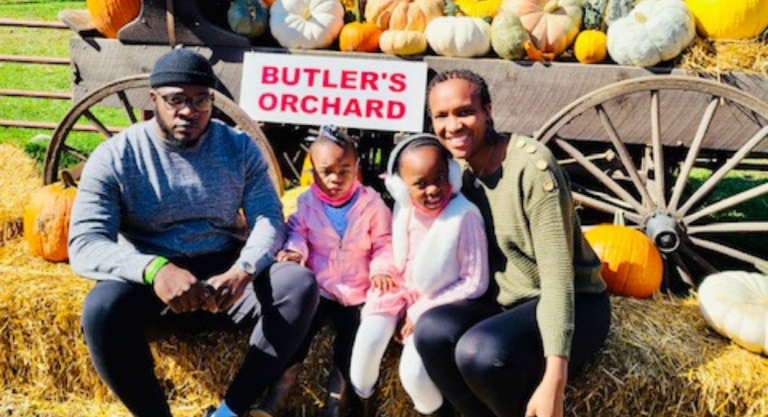 Mom of the Month: Denesia Rodgers {October 2020}
